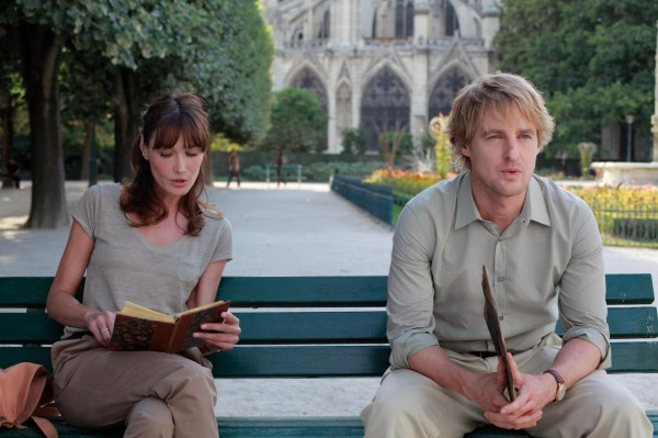 still-of-owen-wilson-and-carla-bruni-in-midnight-in-paris-(2011)-large-picture