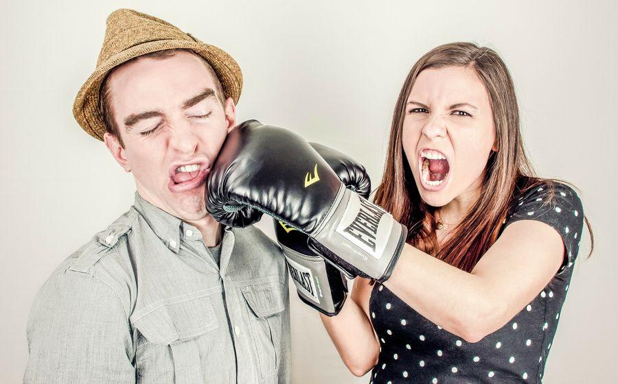 5 фраз, которые могут остановить спор или ссору