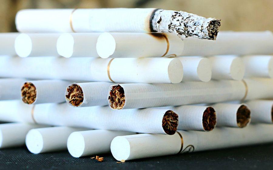 Минздрав не зря предупреждает: курение вредит вашему здоровью!