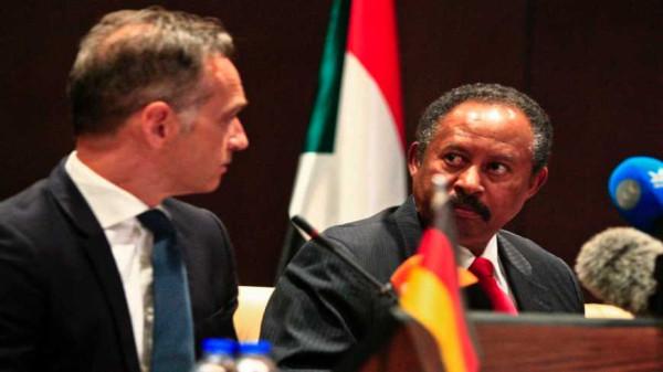 США исключат Судан из списка спонсоров терроризма за 335 млн$