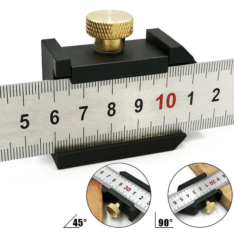 Блок позиционирования позволяет не только делать промеры и отметки под прямым углом, но позволяет работать и под углом в 45 градусов. Подходит к любой стандартной стальной линейке.