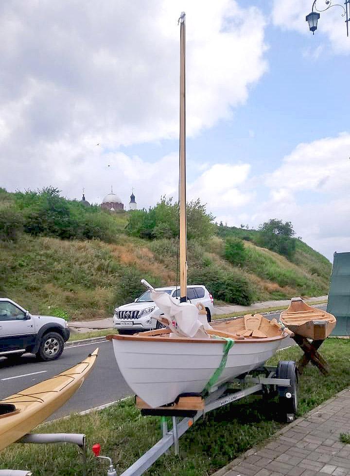 Парусно-вёсельная лодка Дори