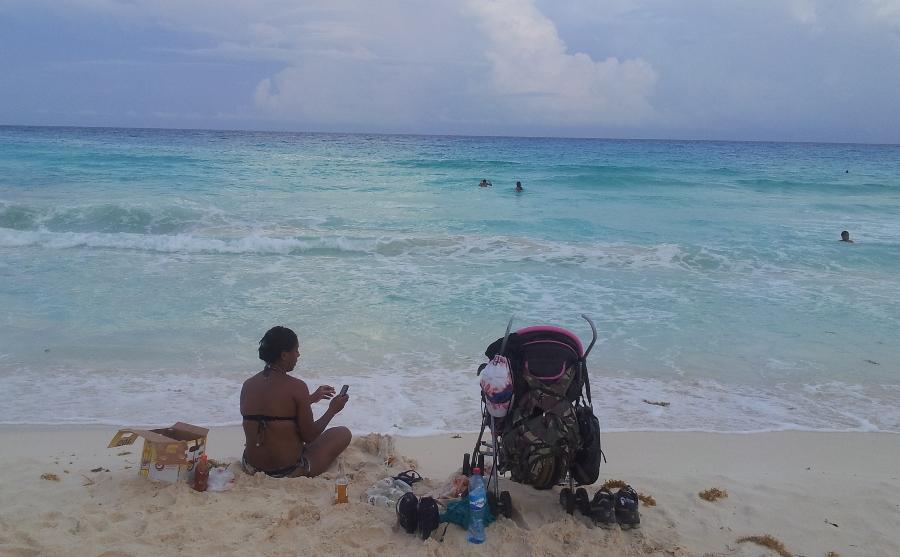 пляж_мать
