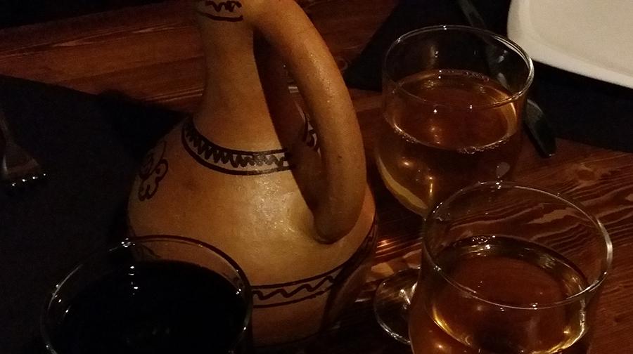 вино!