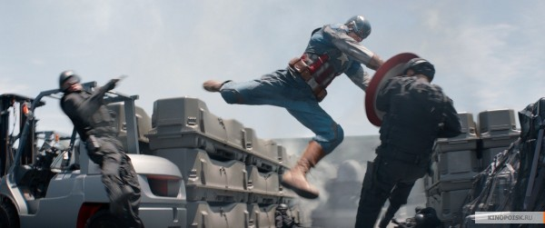 kinopoisk.ru-Captain-America_3A-The-Winter-Soldier-2339037