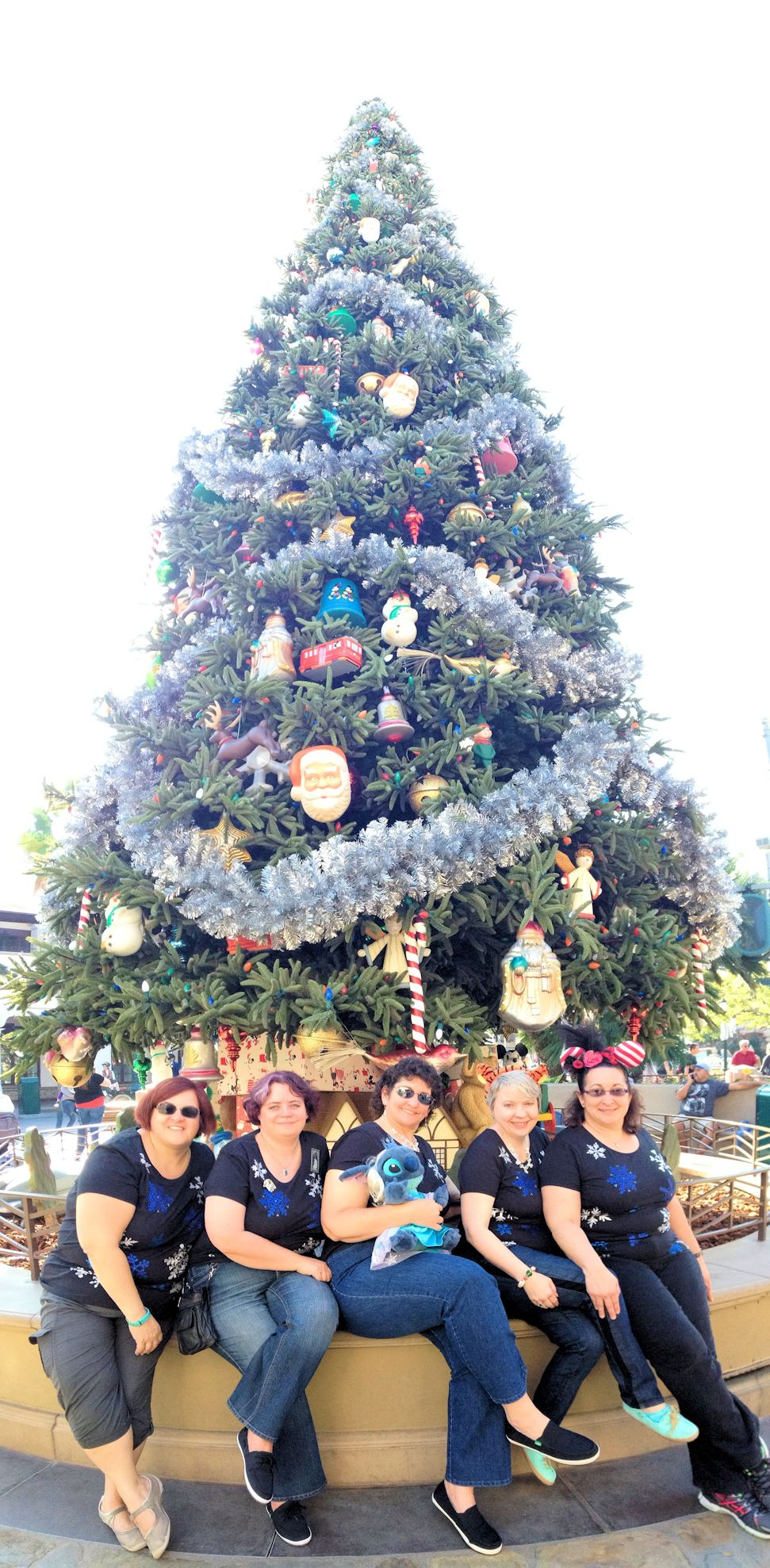 Disneyland 2014 Christmas Tree small