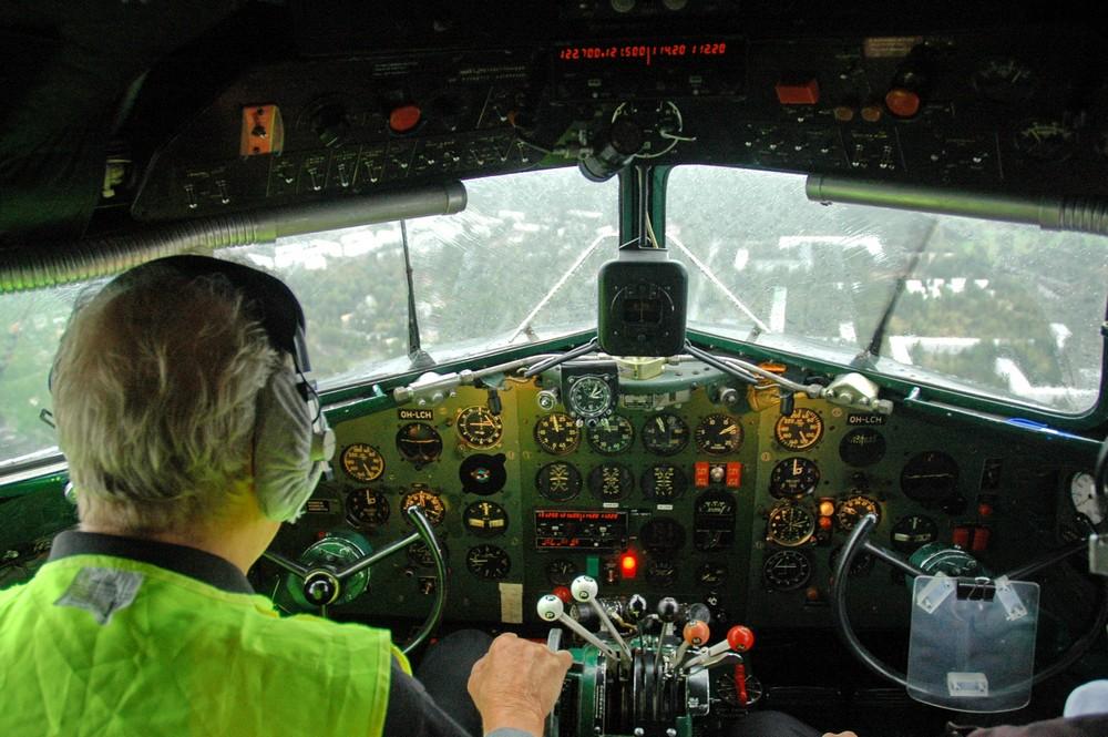 Кабина пилотов Дакоты