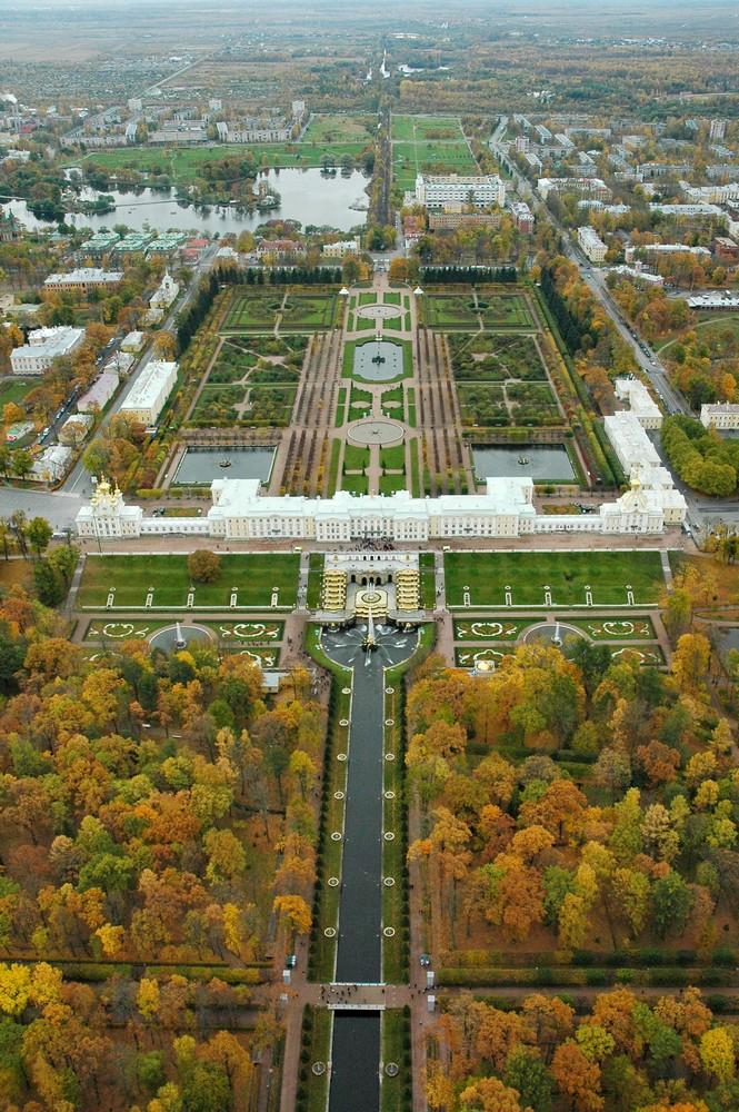 Панорама Большого дворца, Верхнего и Нижнего парков в Петергофе