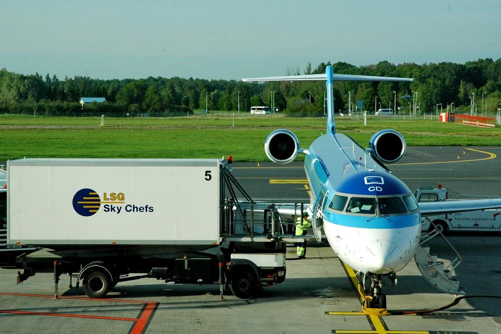 CRJ900 Estonian Air в аэропорту Таллина