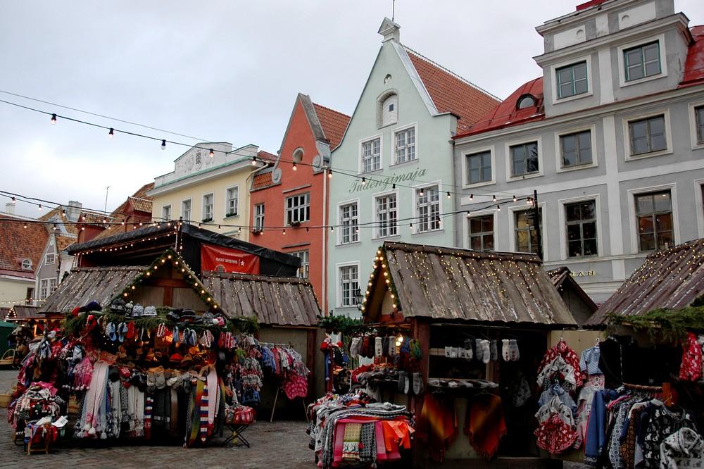 Рождественская ярмарка в Таллине на Ратушной площади