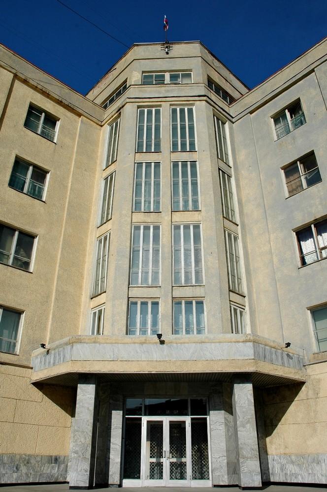 Здание штаба Сибирского Военного Округа в Новосибирске