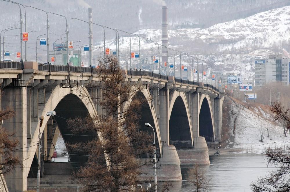Красноярск. Мост через Енисей