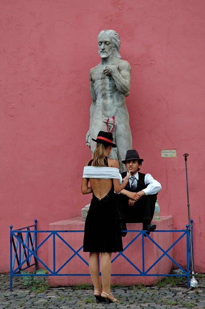 Танцоры танго в Буэнос-Айресе. Район Ла Бока