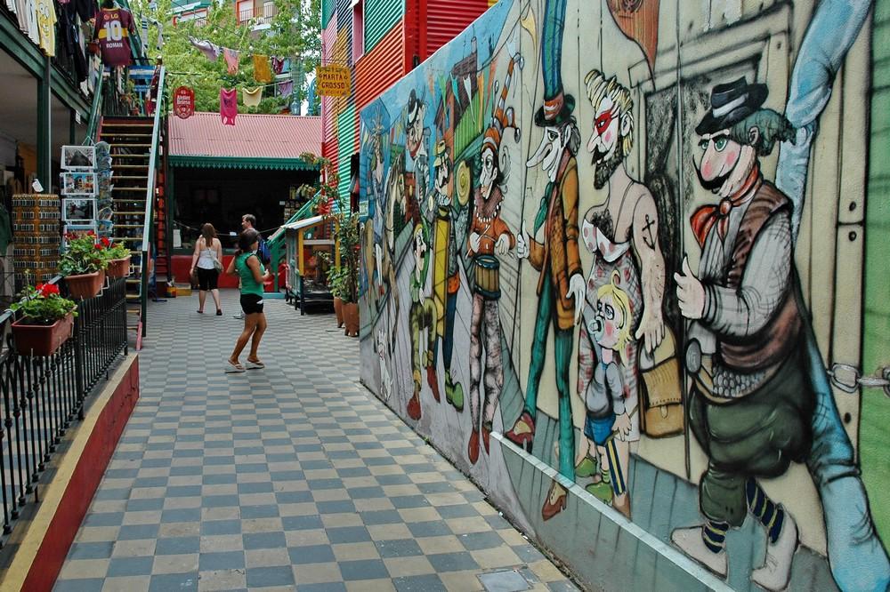 Граффити в районе Каминито в Буэнос-Айресе