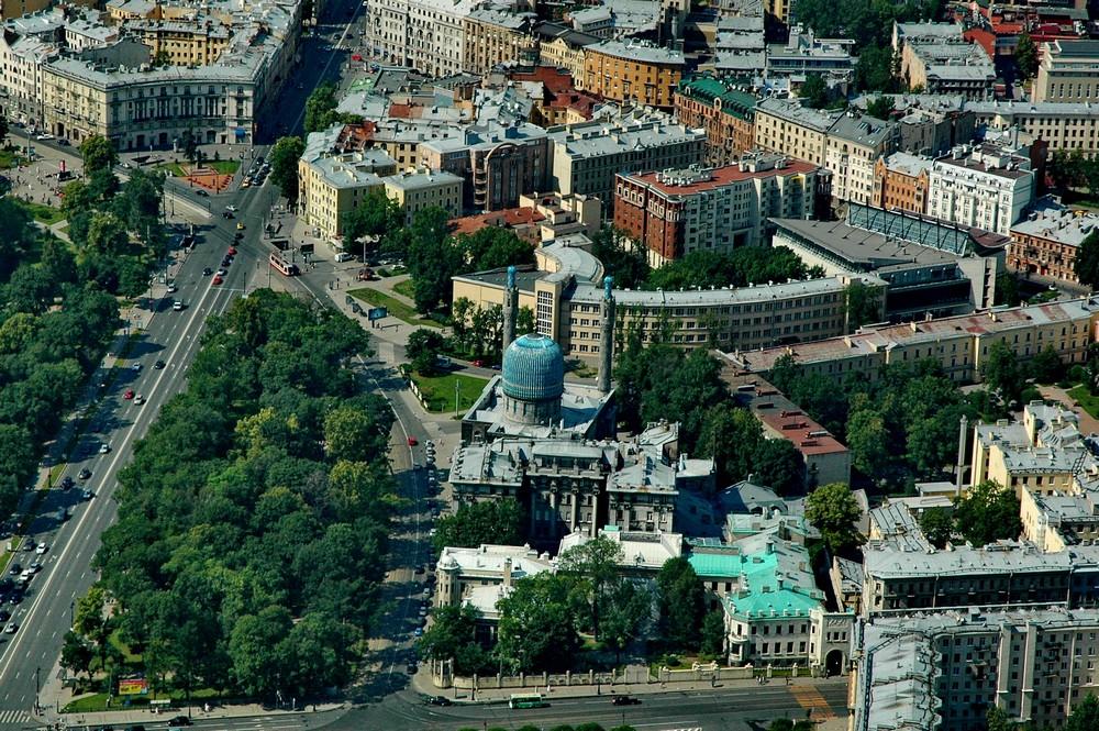 Мечеть в Санкт-Петербурге с высоты птичьего полета