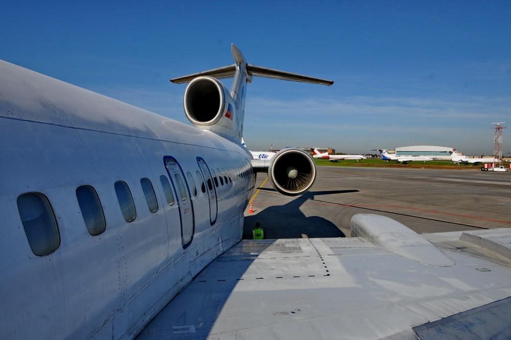 Хвостовая часть самолета Ту-154