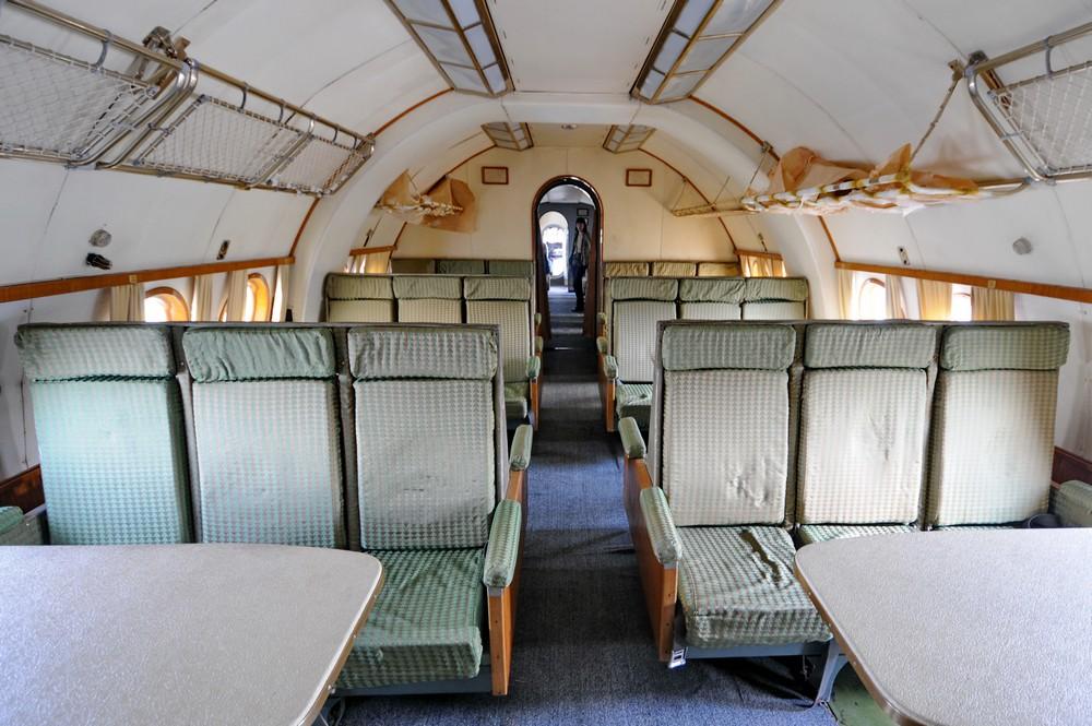 Второй салон Ту-114