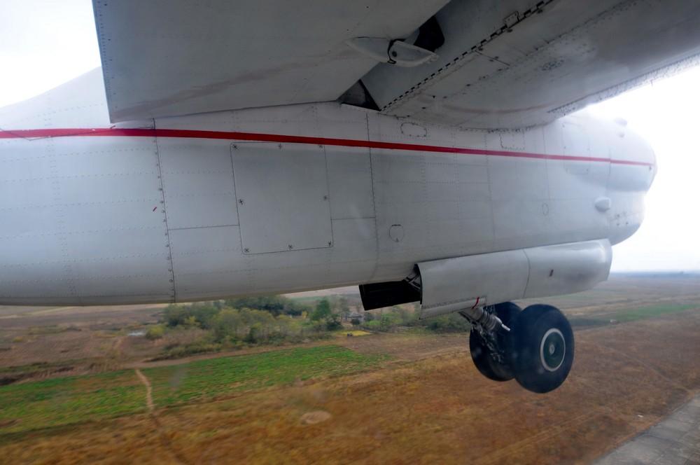 Шасси самолета Ан-24 авиакомпании Air Koryo