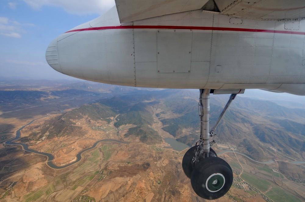 Шасси Ан-24. Посадка в Пхеньяне. Гражданская авиация Северной Кореи