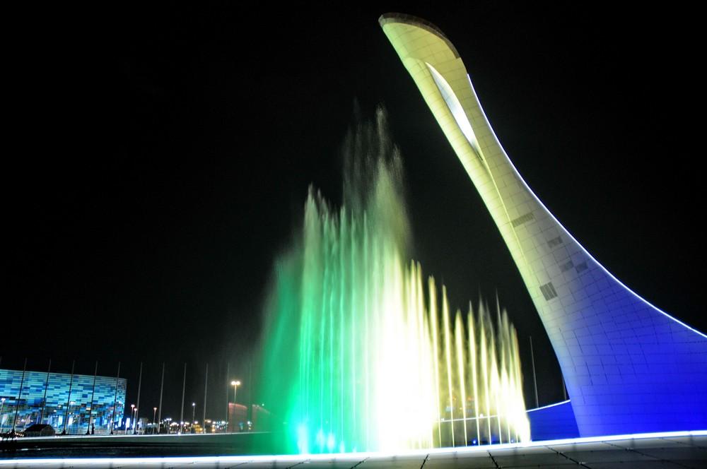 Поющий фонтан в Олимпийском парке Сочи-2014