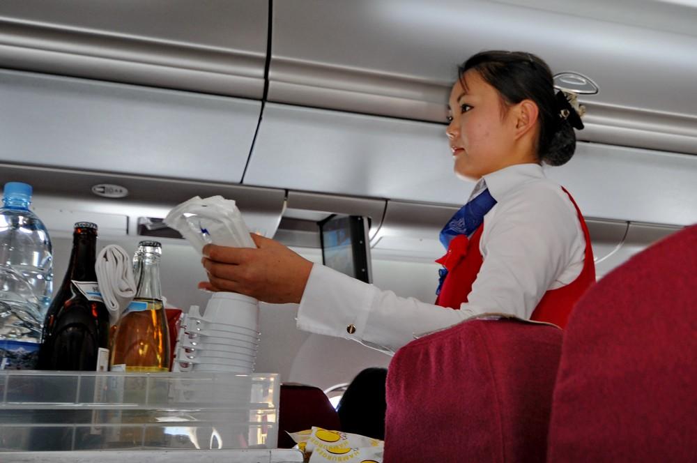 Стюардесса авиакомпании Air Koryo