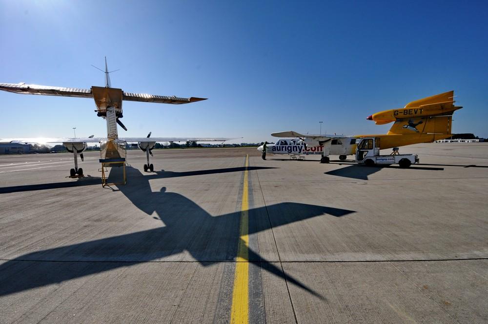 Трайсландеры авиакомпании Aurigny в аэропорту Джерси