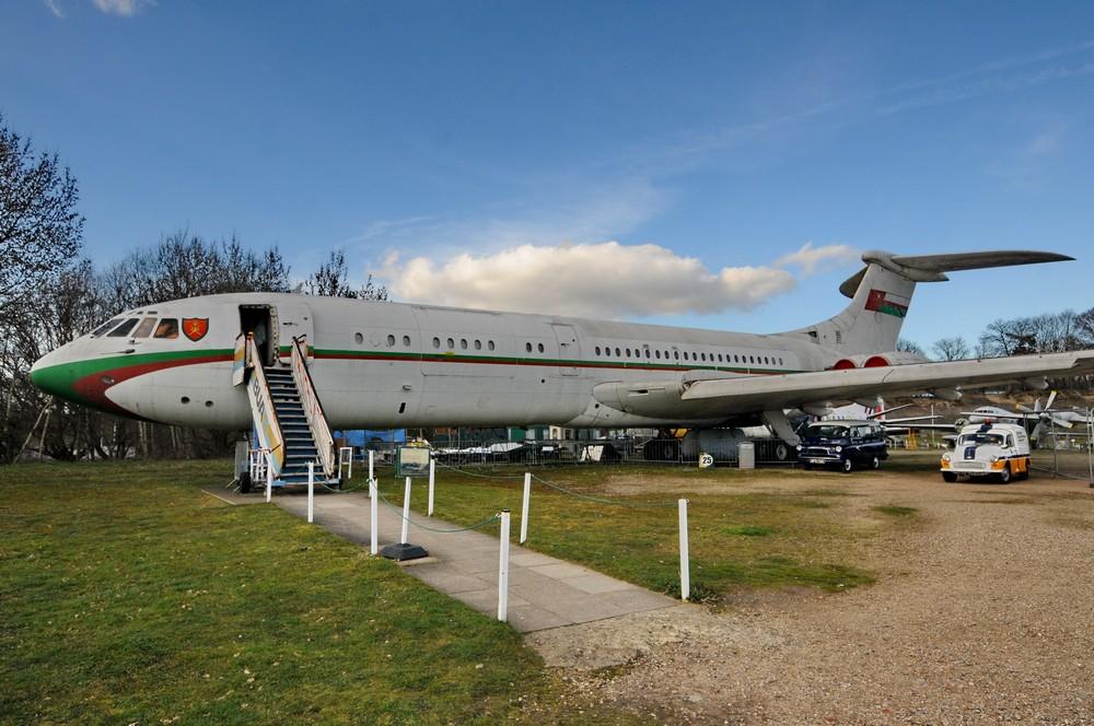 Самолет Vickers VC-10 султана Омана в Музее транспорта в Бруклендсе