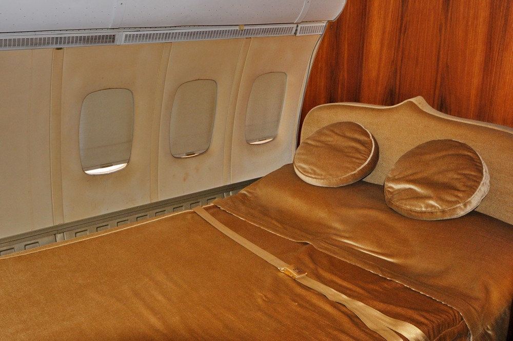 Спальня султана Омана в самолете VC-10 в музее в Бруклендсе