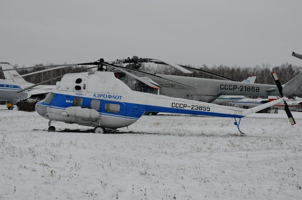 Ми-2 в музее авиации в аэропорту Баратаевка