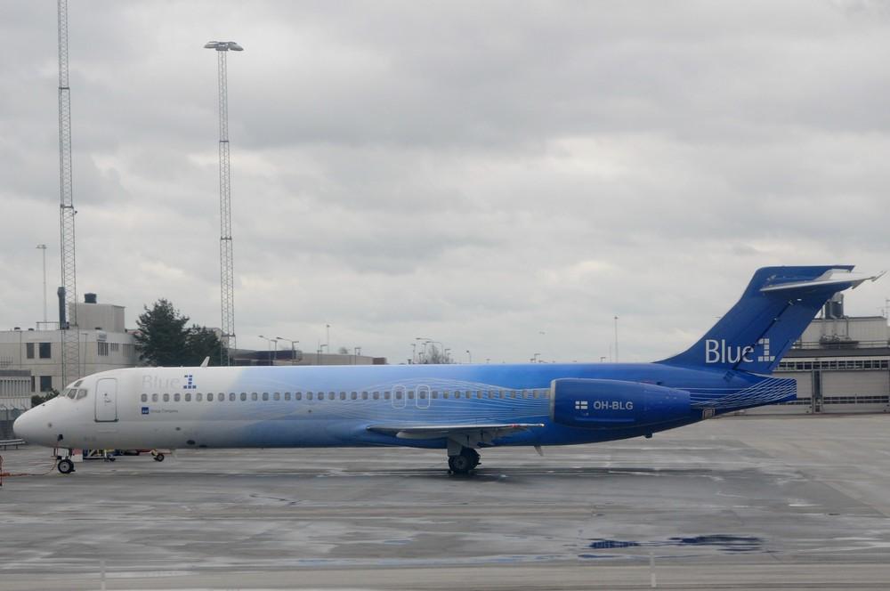 Самолет Боинг-717 авиакомпании Blue1 в аэропорту Стокгольма