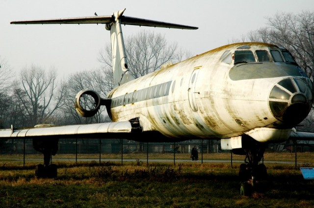 Ту-134 в раскраске LOT в Музее авиации Польши