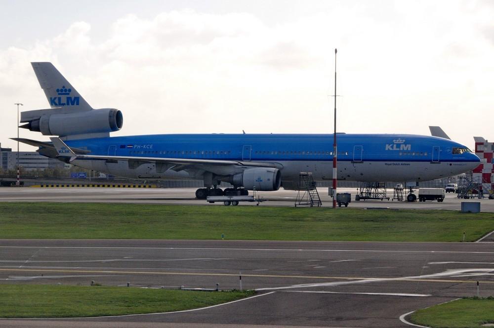 MD-11 авиакомпании KLM Audrey Hepburn в аэропорту Амстердама