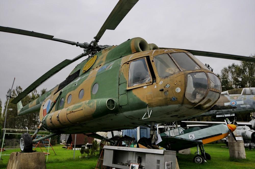 Вертолет Ми-8 в музее Аэропарк в Пльзне