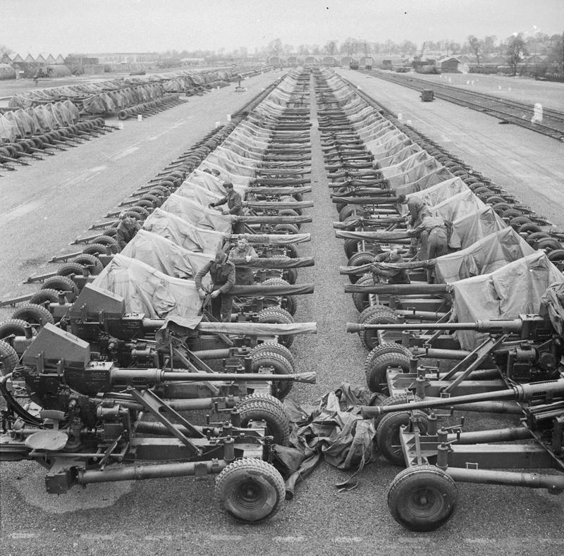 Preparations_For_Operation_Overlord_(the_Normandy_Landings)-_D-day_6_June_1944_H37362