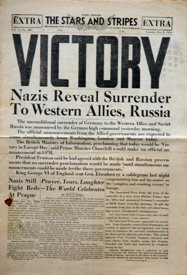 V-E-Day_Stars_and_Stripes_No_285_Paris_8_May_1945