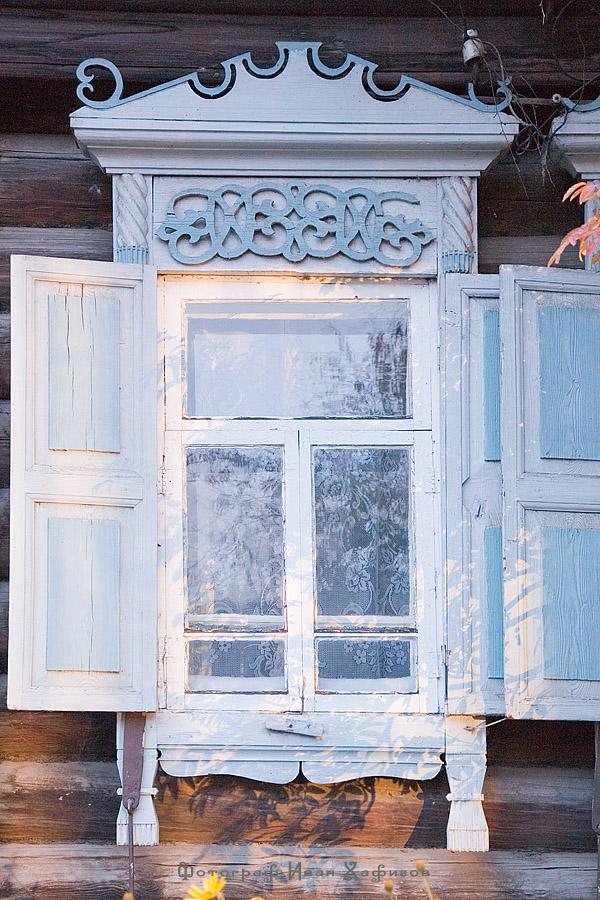 Резной деревянный наличник города Красноярска