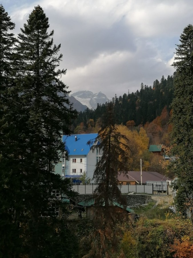 Мы навсегда сохраним, В сердце своем этот край Кавказ