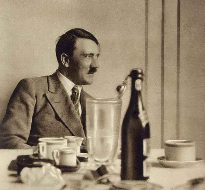 Adolf_Hitler_mineral_water