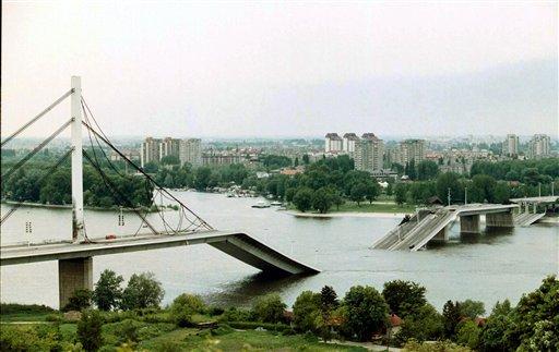 Belgrade bridge nato 1999