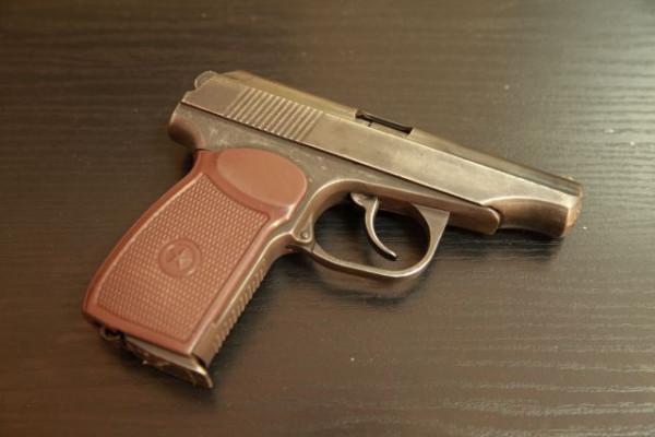 pistolet-tt