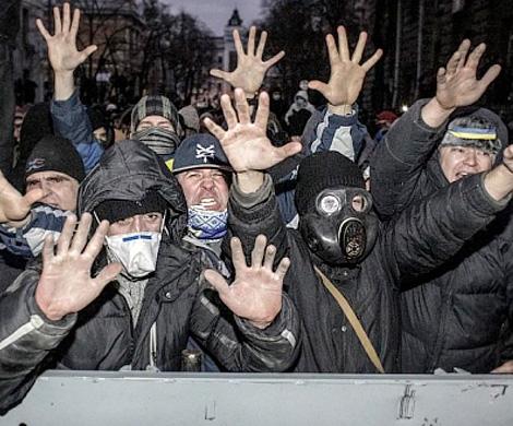 uchastnik-protestov-v-kieve-na-majdane-bylo-mnogo-inostrannyx-nayomnikov[1]