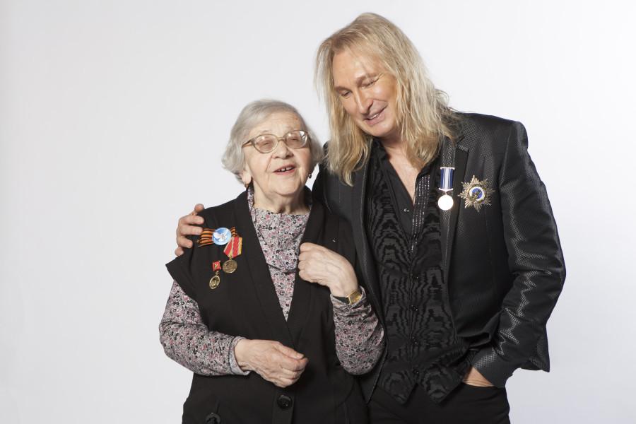 александр иванов с женой фото гордится своими наследниками