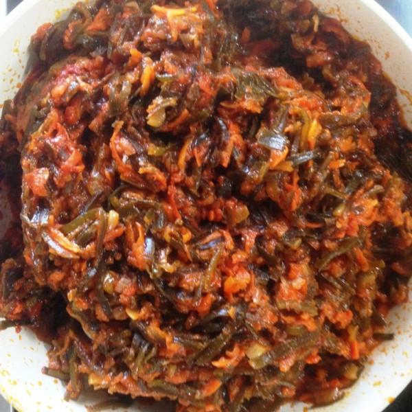 Солянка из морской капусты с кукумарией