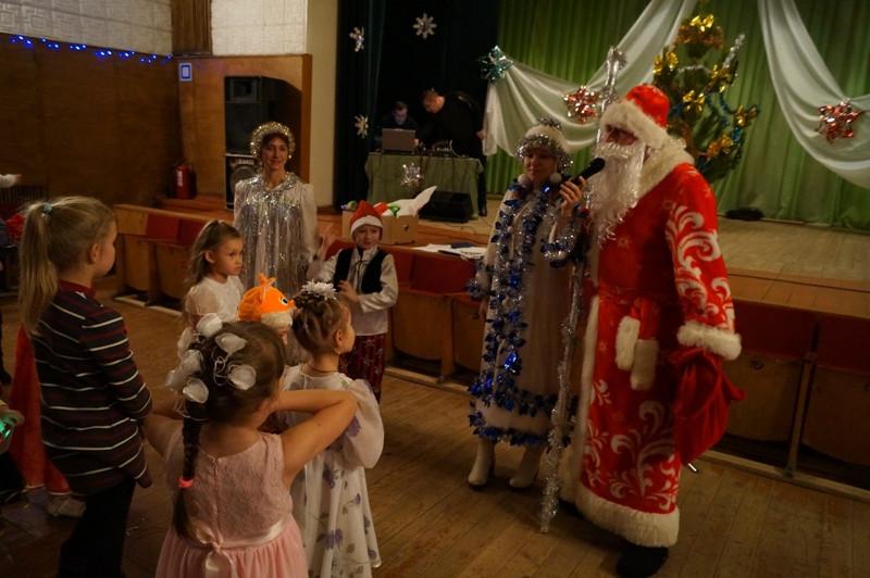 выступление детских коллективов на Рождественской ёлке 07.01.2015года
