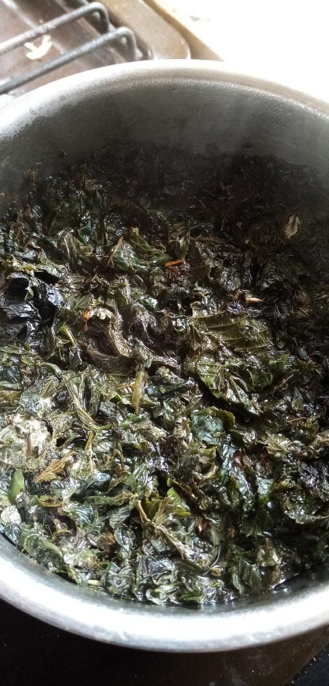 Заваривание малинового чая так же аналогично завариванию Иван-чая, можно заваривать отдельно, как вполне самостоятельный и вкусный чайный напиток, можно добавлять в Иван-чай и другие чайные напитки.