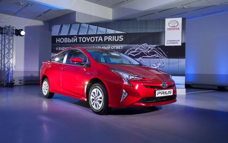 Toyota_Prius_presentation_27.03.2017_MoscoToyota_Prius_presentation_27.03.2017_Moscow (lo-res)-3.jpg