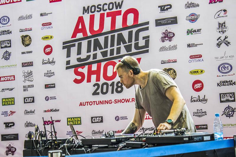 Auto-Tuning-Show-line-x-79.jpg