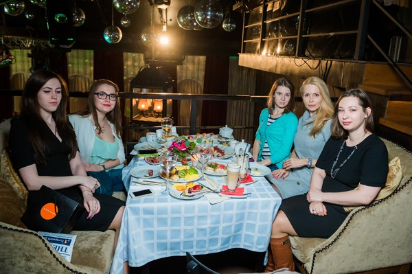 Амира, Юлия Сочнова, Катя Караваева, Елена Замятина, Майя Куриленко_блогеры1