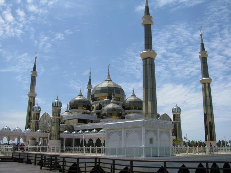 Cyristal Mosque in Kuala Terengganu - Malaysia.preview