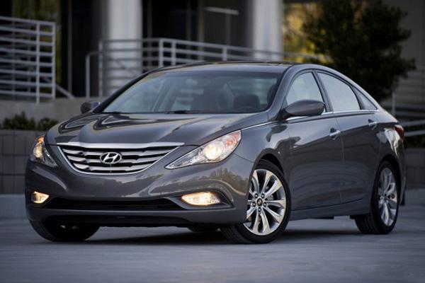 2013-Hyundai-Sonata-2-623x389